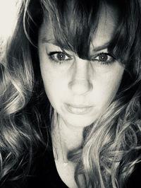 Author Jennifer Dawson