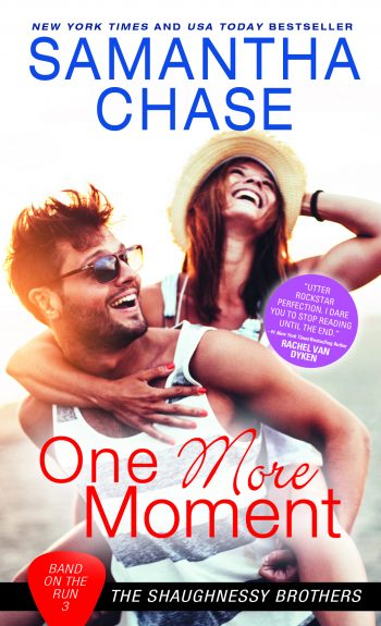 ONE MORE MOMENT (Band on the Run #3) by Samantha Chase
