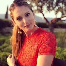 Author Olivia Wildenstein